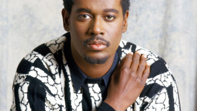 Photo of Luther Vandross – Songs, Birthday & Facts